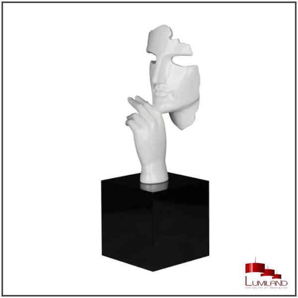 Statue ESTILO